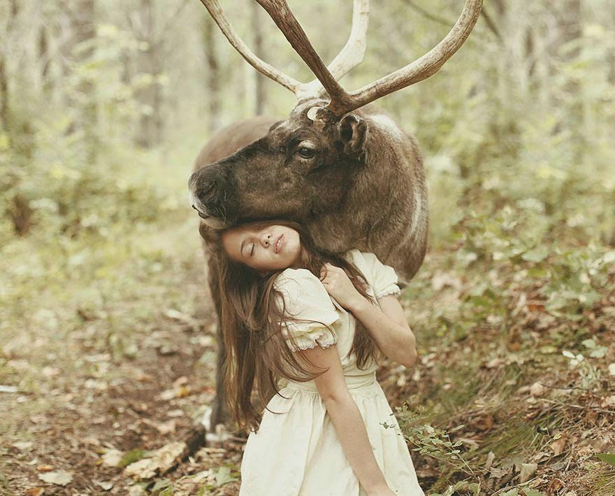 Ela registrou essas fotos impressionantes com animais vivos! 12
